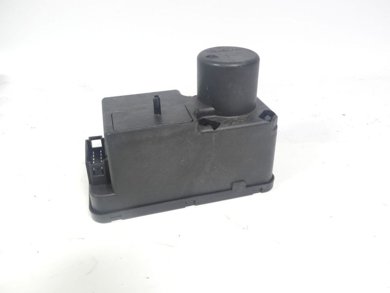 Zentralverriegelungspumpe VW GOLF III (1H1) 1.6